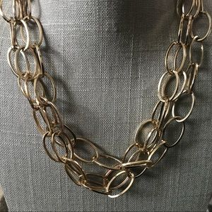 Jewelry - Triple strand gold tone oval link chain necklace